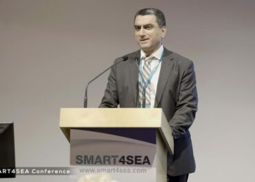 Mike Konstantinidis talking about AI at Smart4Sea 2019 Athens event